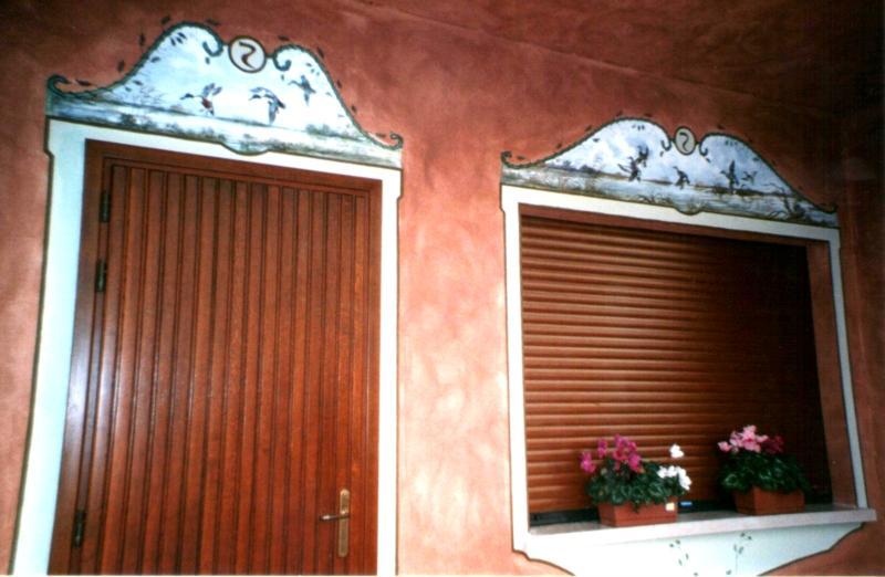 Dipinti murali progettazione costruzione restauro - Decori per finestre esterne ...